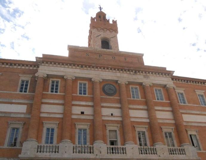 Palazzo_Comunale_Foligno