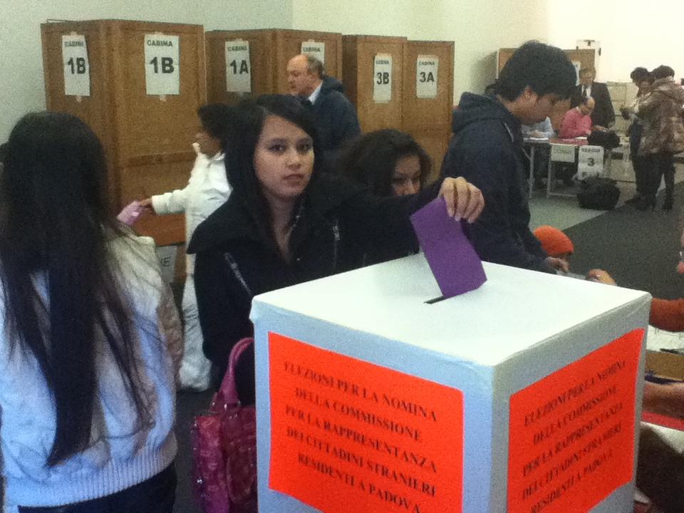 Terni immigrati si preparano al voto per la consulta for Consulta permesso di soggiorno
