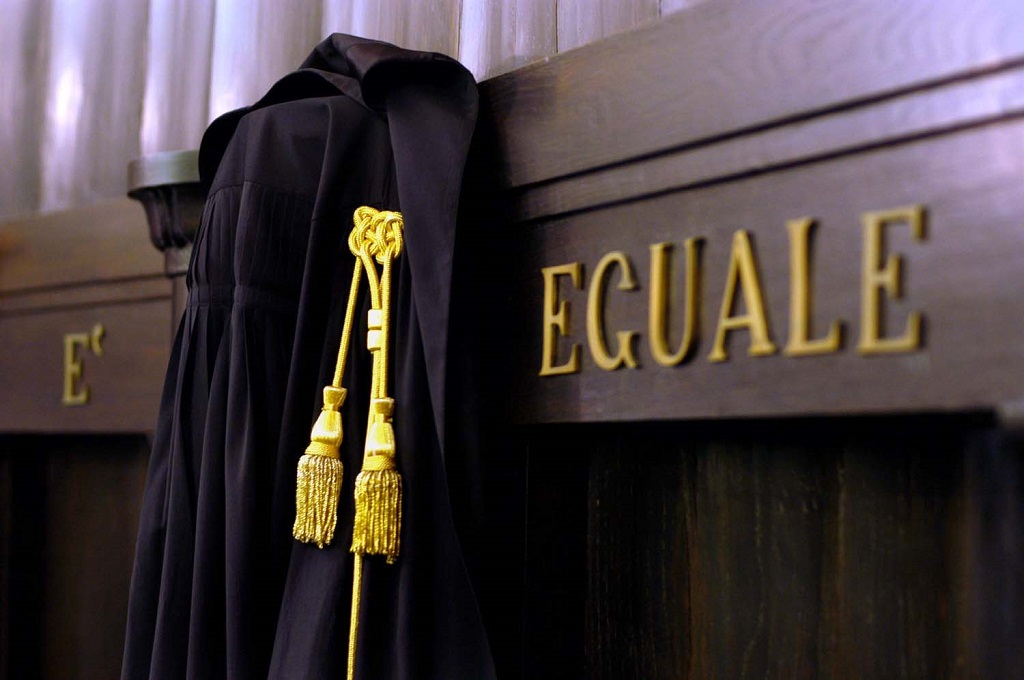 Caso Suarez, corruzione anche per il professor Rocca. Il caso Cuadrato, che ha fatto lo stesso test a Torino.