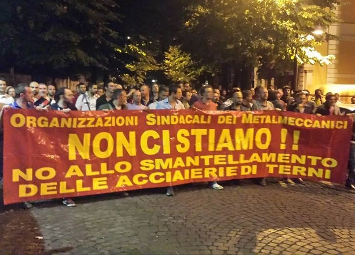 operai manifestazione terni sciopero ast notte