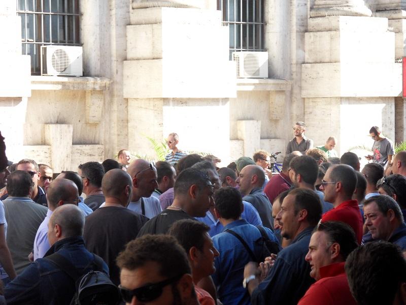 sciopero operai ast terni 9 ottobre 2014