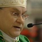 """Aborto, il vescovo di Terni """"cancella"""" la scomunica per le donne e i medici. Fino alla Pentecoste sarà possibile """"l'assoluzione"""""""