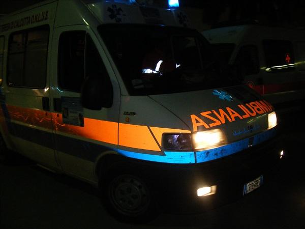 ambulanza-118-di-notte-2