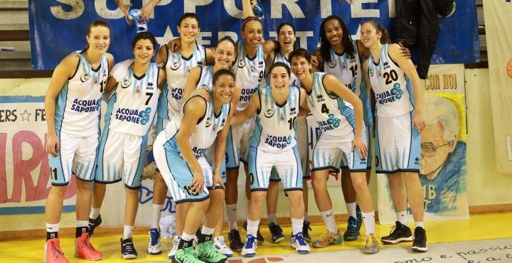 Acqua&Sapone Umbertide x Lucca - 12.gen.2014 Serie A1 Basket Femminile foto Oreste Testa