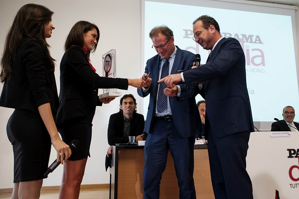 Alessandro Andreatta (sindaco di Trento firma il testimone di Panorama d'Italia