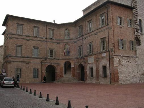 palazzo_pretorio_gubbio5