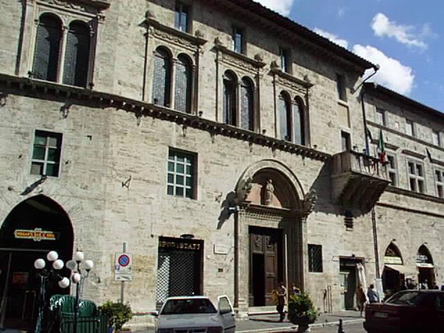 Perugia_Palazzo_del_Capitano_del_Popolo