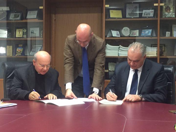 Firma Convenzione Diocesi di Assisi e Comune di Nocera Umbra Monastero San Giovanni Battista