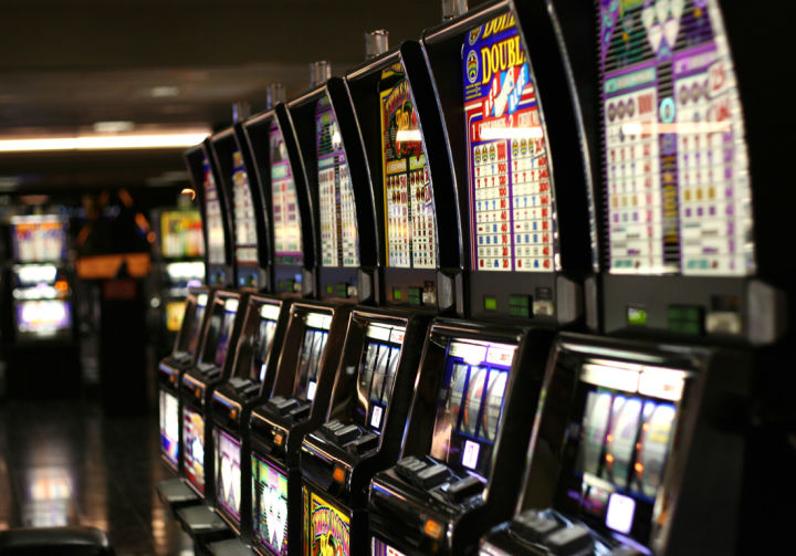 Las_Vegas_slot_machines