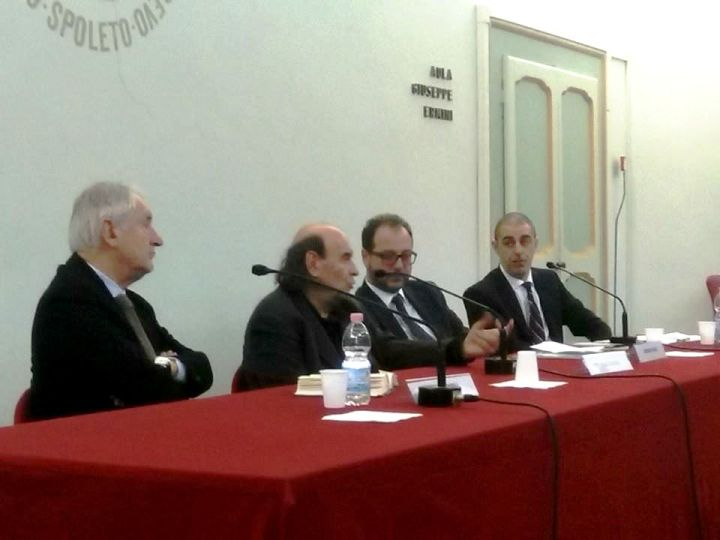confernza di Stefano zecchi a Palazzo Ancaiani