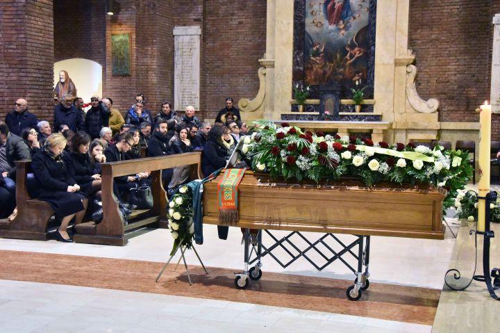 funerali Bronzetti