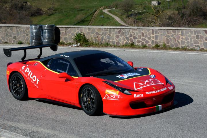 Ragazzi e la Ferrari tornano al Master Drivers dopo la presenza nel 2015 Foto Io Scatto