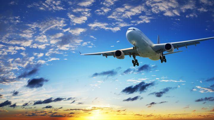 grande-aereo-in-volo