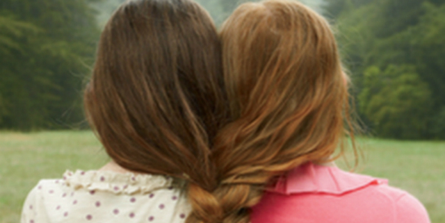 migliori-amiche-scambiate-per-sorelle