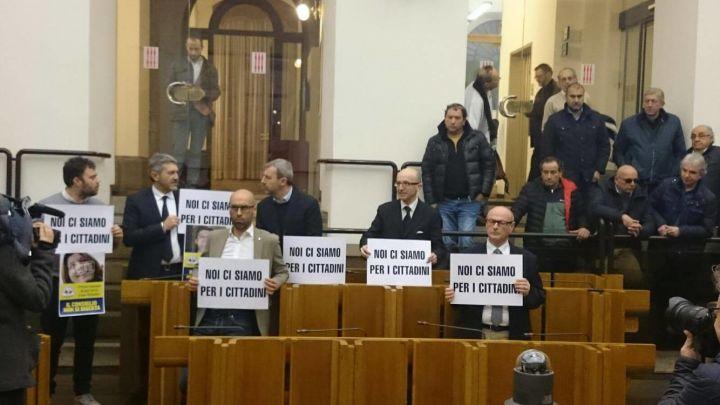 protesta opposizione