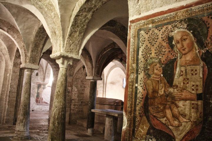 complesso di san-ponziano - cripta XII secolo