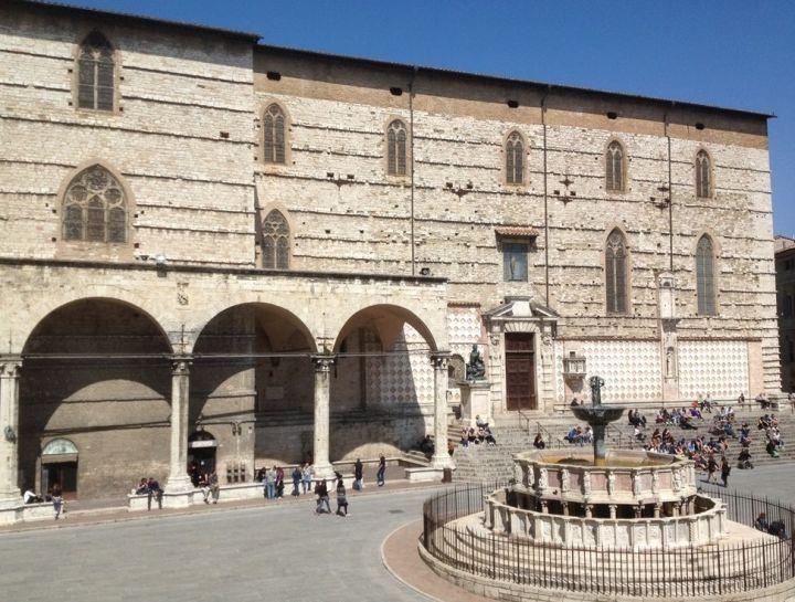 La cattedrale di san Lorenzo in Perugia