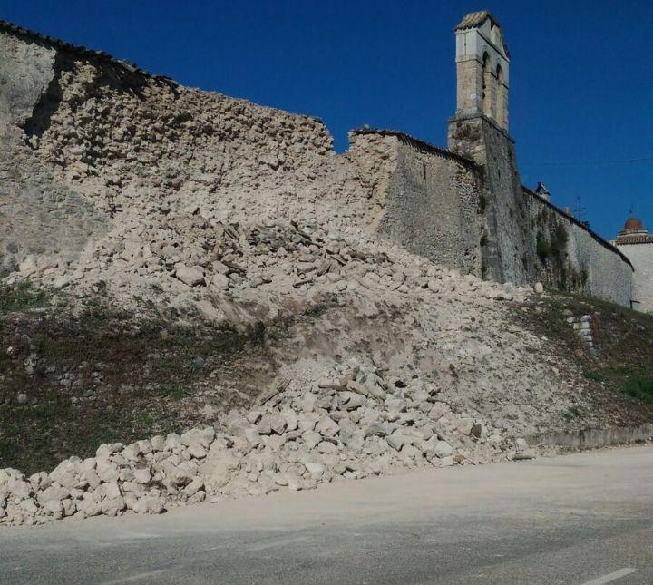 terremoto-mura urbiche Norcia crollo