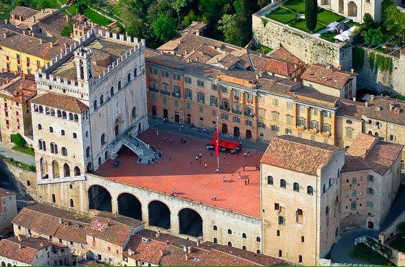 Coronavirus: 35 i casi a Gubbio, tre classi in quarantena