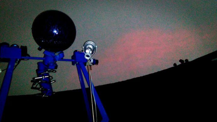 sala-del-planetario_labscienze_foligno