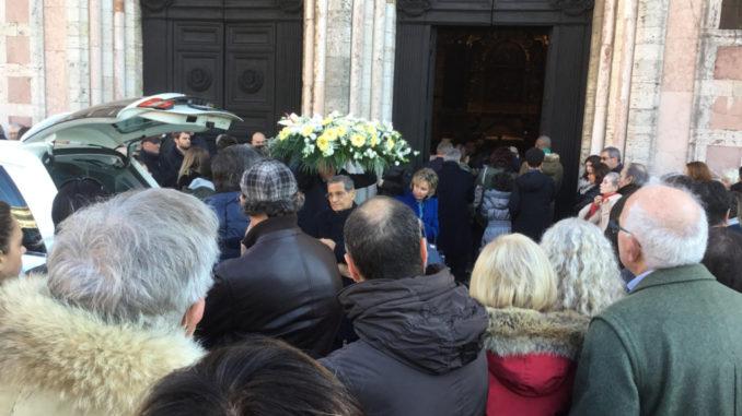 funerali-dottor-russo-2-678x381