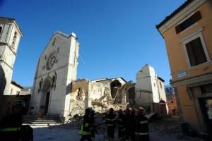 norcia-basilica-di-san-benedetto-simbolo-della-distruzione-del-sisma