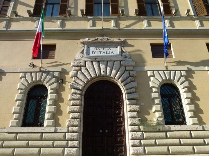 Palazzo_della_Banca_d'Italia_(Perugia)_2