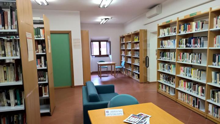 biblioteca salvatorelli