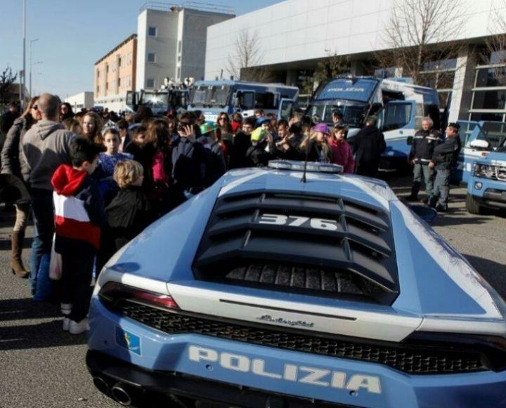 carnevale roma polizia