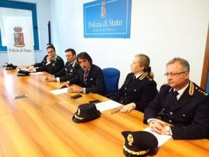 Conferenza stampa polizia-carabinieri a Perugia
