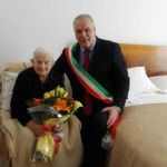Nocera Umbra, Santa Pierantoni compie 100 anni: gli auguri del sindaco Bontempi