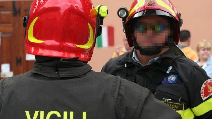 Terni, furgone vola giù nella scarpata: sei operai feriti, tre sono gravi