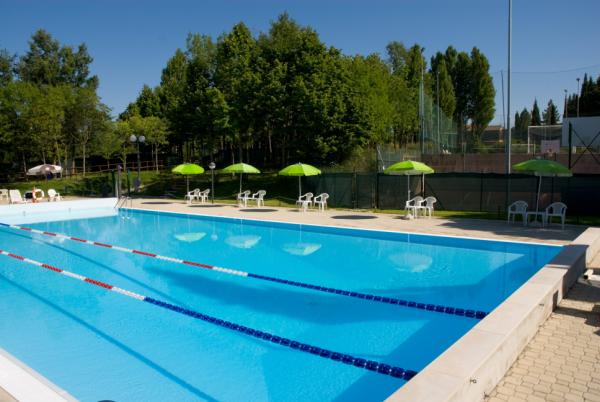 Fratta todina riapre la piscina comunale oggi l - Piscina due pini ...