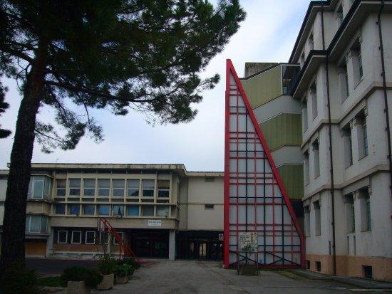 foligno_carducci_scuola1