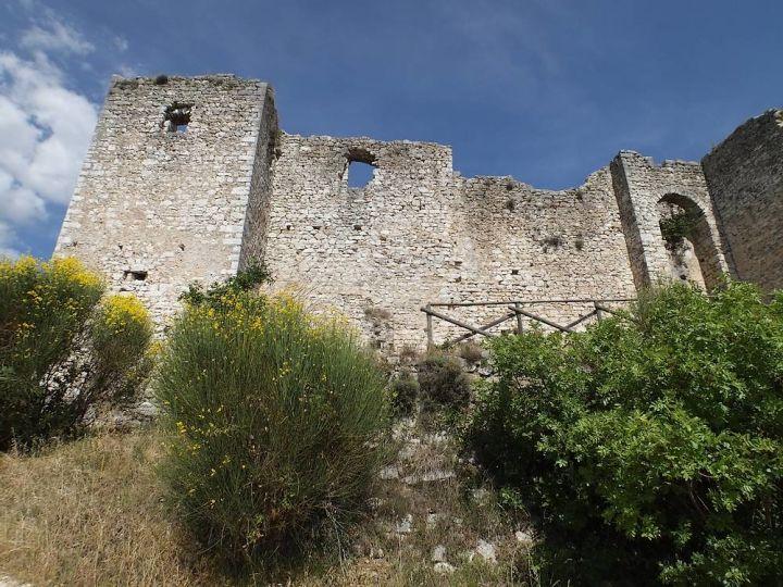 castello-di-poreta-spoleto