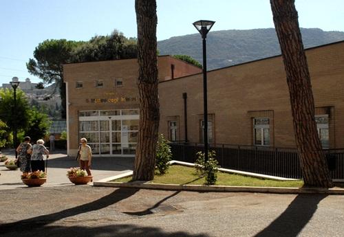 Spoleto, bimba della scuola materna di Villa Redenta positiva al coronavirus.