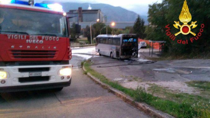 incendio-autobus-678x381