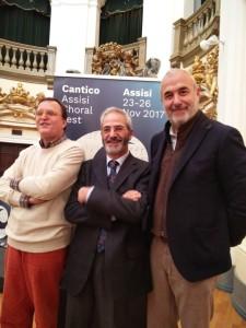 cantico assisi_presentazione da sx Carlo Pedini, Giuseppe Maiolo e Eugenio Guarducci
