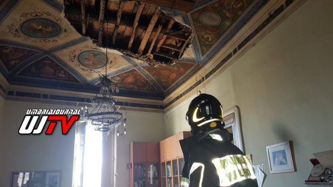 crollo-soffitto-sede-anci-4-678x381