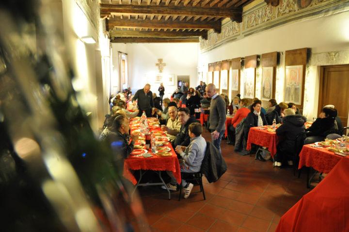 Natale 2017 - pranzo in episcopio (21)