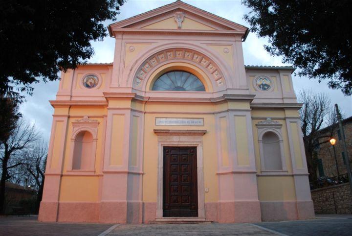 chiesa parrocchiale di san martino in colle