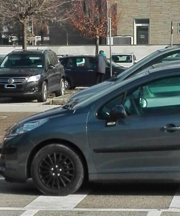 parcheggiatori abusivi 2