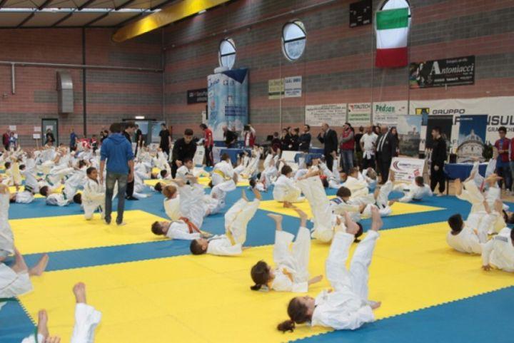 trofeo i poeti del judo