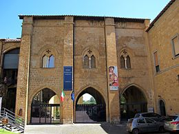 Museo_archeologico_nazionale_di_orvieto,_ext._01