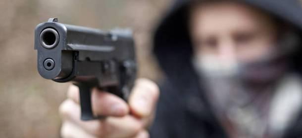 rapina-pistola12