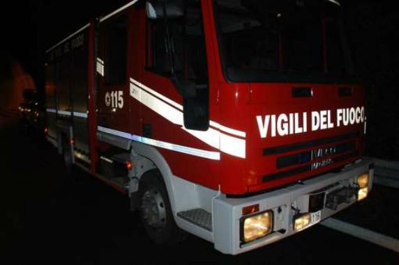 vigili_del_fuoco_DWN_8_DWN_2