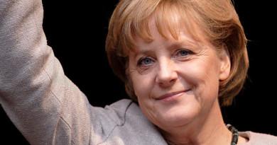 799px-Angela_Merkel_(2008)_v3