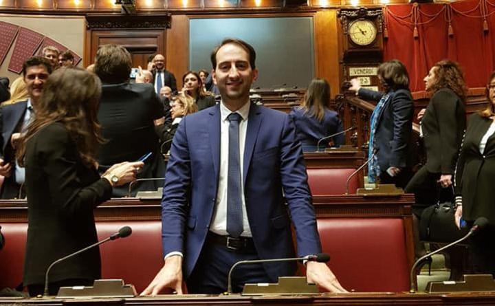 Caparvi parlamento