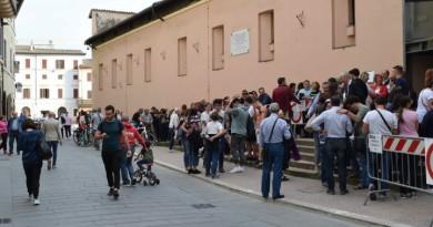 Il pubblico di Fsf in fila