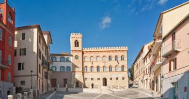 Magione_piazza_del_comune